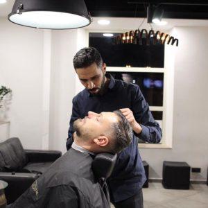 Friseur in Frankfurt finden